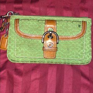 Coach wristlet 👛👜 Green coach wallet